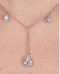 Colar de metal prateado com pedra cristal Maiara