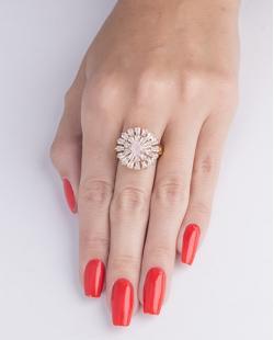 Anel de metal dourado com strass cristal e pedra rosa Noemi