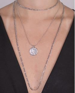 Kit 3 colares de metal prateado Renata
