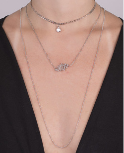 Kit 3 colares de metal prateado com pedra cristal Talita