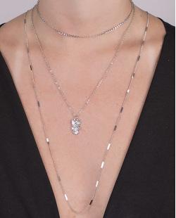 kit 3 colares de metal prateado Elana