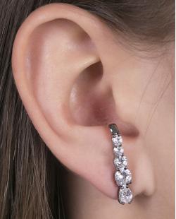 Ear hook de metal grafite com pedra cristal Louse