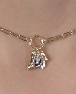 Kit 2 colares de metal dourado com pedra azul Clara