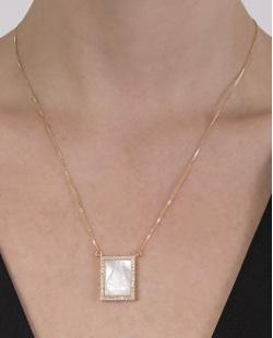 Colar folheado de metal dourado com madrepérola e strass cristal Nice