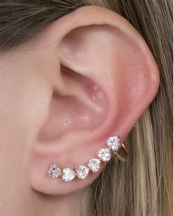 Ear cuff de metal dourado com pedra cristal Marcela