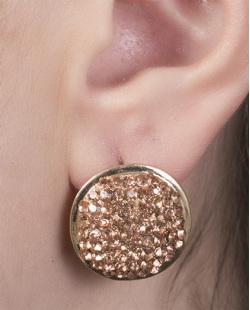 Brinco pequeno de metal dourado com strass rosé Thais