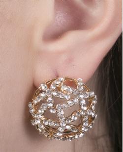 Brinco pequeno de metal dourado com strass cristal Camila