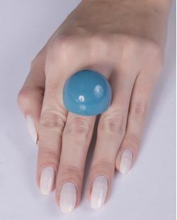 Anel de acrílico azul Valéria