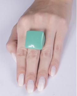 Anel de acrílico verde Pâmela