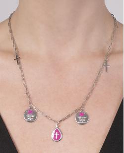 Colar de metal prateado com pink Rebeca
