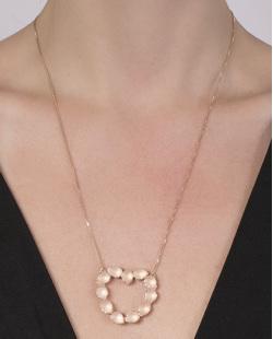 Colar de metal dourado com pedra rosé Verena