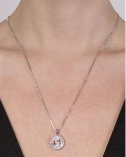 Colar de metal prateado com strass cristal Silvana