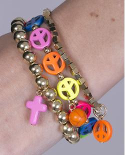 Kit 3 pulseiras de metal dourado com pedras coloridas Queli