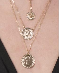 Colar de metal dourado Teodora