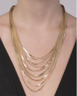 Colar de metal dourado Geralda