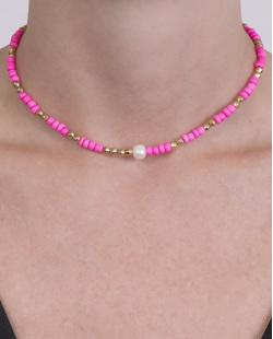 Gargantilha choker de metal dourado com pedra pink Júlia