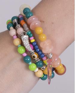 Kit 4 pulseiras de metal prateado com pedras coloridas Mirella