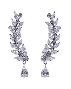 Ear cuff de metal prateado com pedra cristal Áurea
