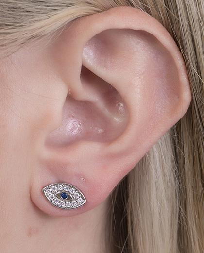 Brinco pequeno de metal prateado com strass cristal e azul Áurea