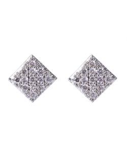 Brinco pequeno de metal prateado com strass cristal Raff