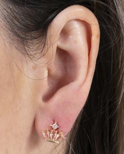 Brinco pequeno de metal dourado com pedra rosé e cristal Gowan