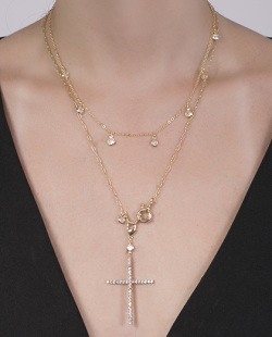 Kit 2 colares dourado com strass cristal Queiroz