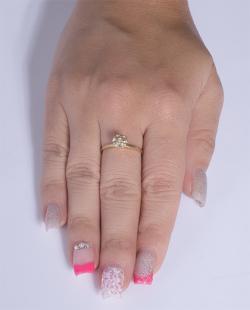 Anel folheado dourado com pedra cristal Stevis