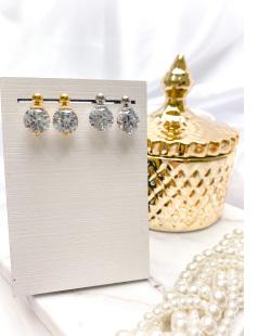 Brinco pequeno dourado com pedra cristal Blumenau
