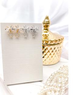 Brinco pequeno dourado com pedra cristal Irati