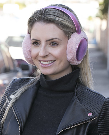 Protetor de orelhas de pelúcia rosa Enny