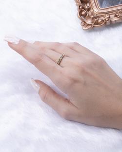 Anel folheado dourado com strass cristal Yamar