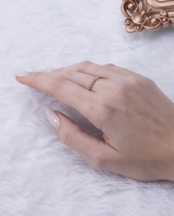 Anel folheado dourado com strass cristal Makki