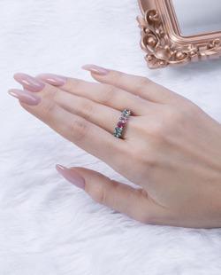 Anel prateado com pedras coloridas Titta