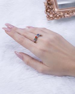 Anel prateado com pedras coloridas Lives 1
