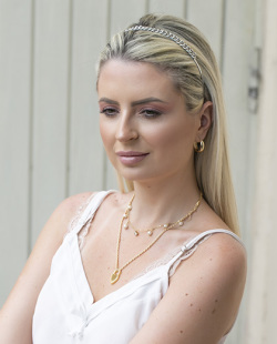 Tiara de metal prateada Lorena