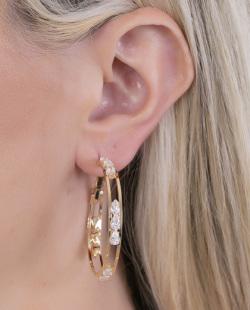 Argola dourada com pedra cristal Chike