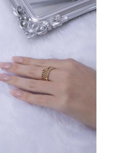 Anel dourado Vica