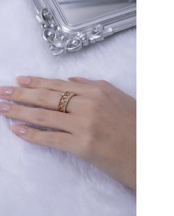 Anel dourado com strass cristal Aninha