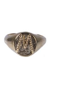 Anel dourado letra M