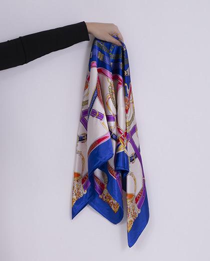 Lenço de cetim estampado azul royal Byron