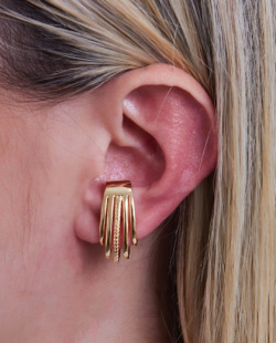 Piercing fake dourado Piper