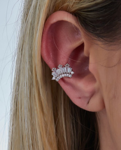 Piercing fake prateado com pedra cristal Guffi