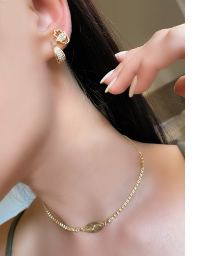 Mix de bijuterias douradas Winters