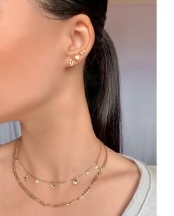 Mix de bijuterias e semijóias douradas Ayanna