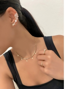 Ear Cuff dourado com zircônias Amarílis