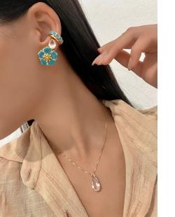 Conjunto colar e brinco zircônias Gota Calla cristal