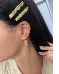 Grampo de Cabelo MB Semi joia dourado Búzios