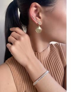 Ear Cuff MB Semi joia dourado cravejado zircônias cristal