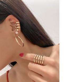 Piercing fake triplo dourado