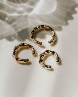 Kit 3 piercings fakes martelado dourado